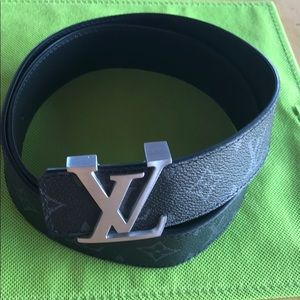 Louis Vuitton Initials Belt 38mm silver buckle